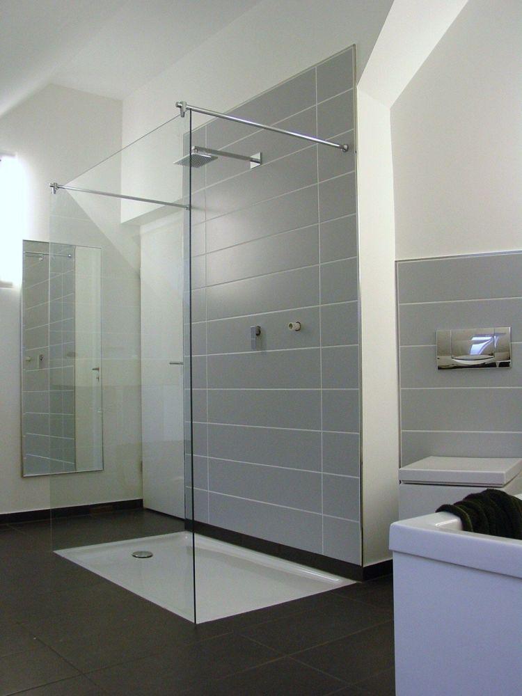 dusche acryl duschwanne auf ma gefertigt nach ihren vorgaben begehbare dusche bodengleiche. Black Bedroom Furniture Sets. Home Design Ideas